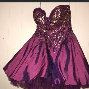 JOVANI PROM/HOMECOMING DRESS